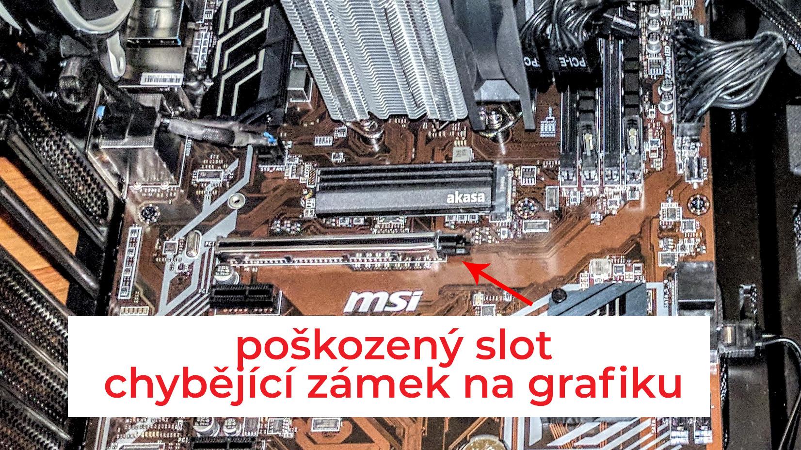 Poškozený PCI slot v PC od CZC.